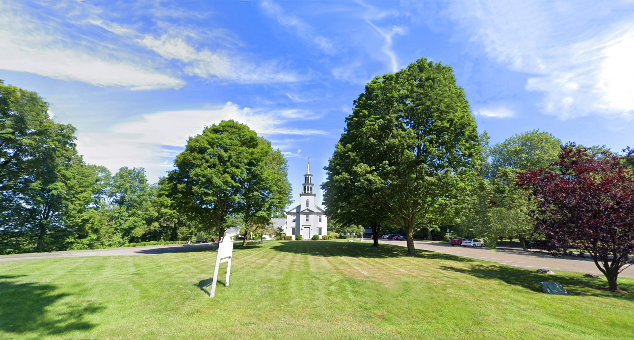 norfield church front lawn