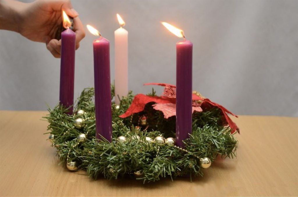 lighting advent candles